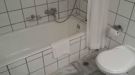 Dionysos Hotel: la vasca