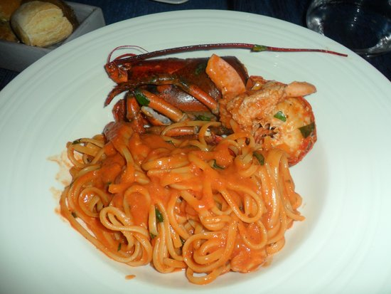 La Veranda del Color Hotel: DELICIOUS LOBSTER WITH LINGUINE