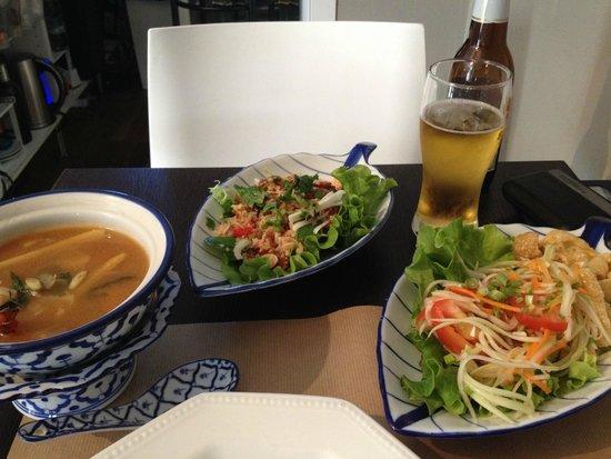 Soupe Galanga Salade Thai Papaye Verte Photo De Chez Meh