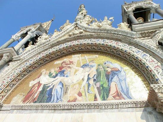 Esterno 2 foto di basilica di san marco venezia for Esterno basilica di san marco