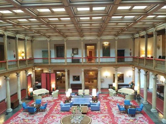 Eurostars Hotel de la Reconquista: Hall