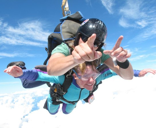 Skydive City: Susie goes for it