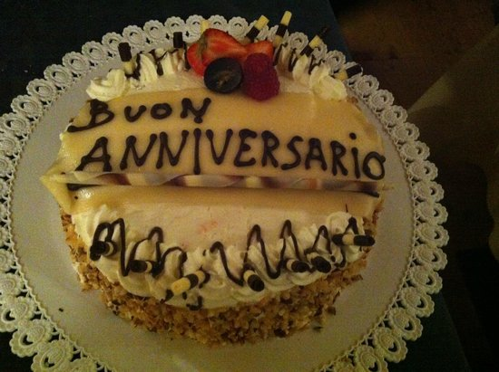 Leading Relax Hotel Maria: torta per aniversario