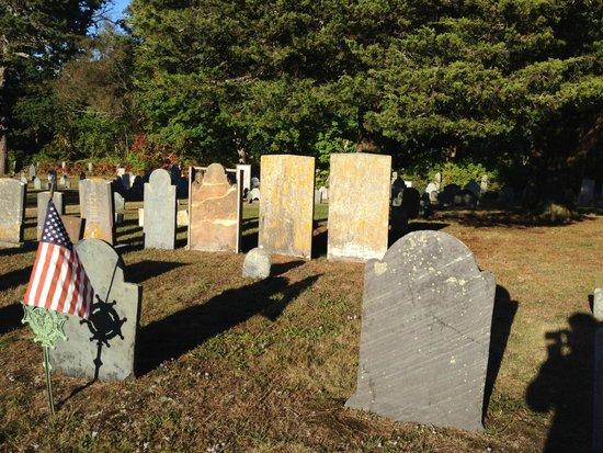 Captain Freeman Inn : Old Burial Ground across the street.