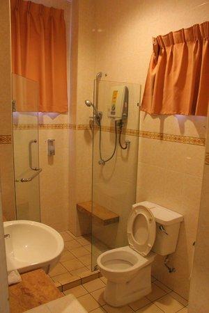 Sunflower Villas: Bathroom