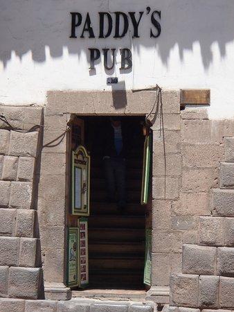 Paddy's Irish Pub: Paddy's Pub entrance
