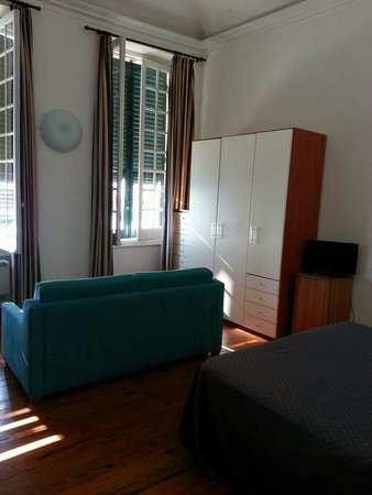 Hotel Casmona : Basic room. Very spacious and clean with great sea view.