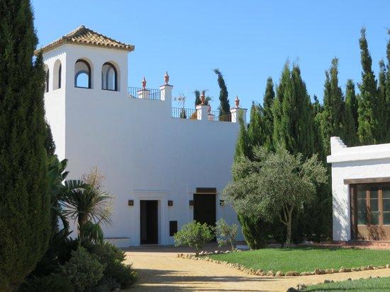 Hacienda Roche Viejo: main building of the hacienda