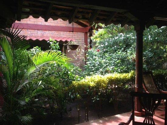 Hostal Calle de los Poetas : Living area