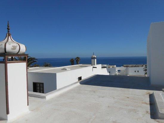 Los Pueblos Apartments: Sea view from balcony