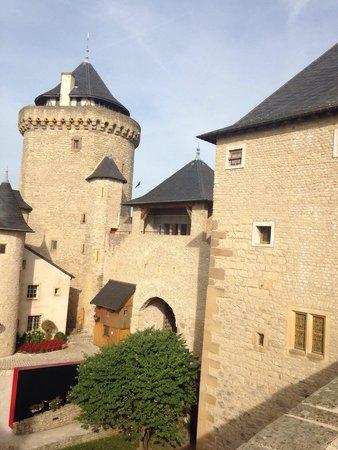 Château de Malbrouck : Château de malbrouk