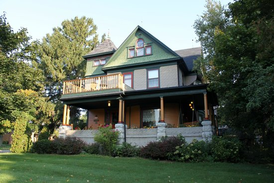 Sturgeon S House Bed And Breakfast