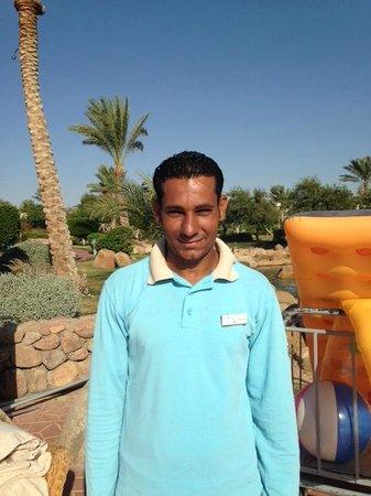 أورورا أورينتال ريزورت شرم الشيخ: Ali, bottom pool attendant