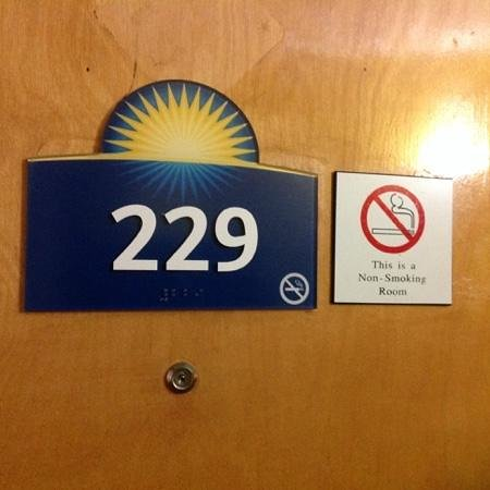 Quality Inn : This was supposed to be a non-smoking room but unfortunately smelled like a smoking one.