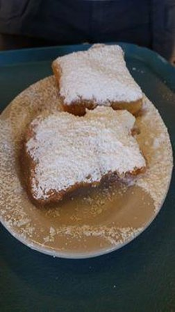 Coffee Call : Fresh Beignets!