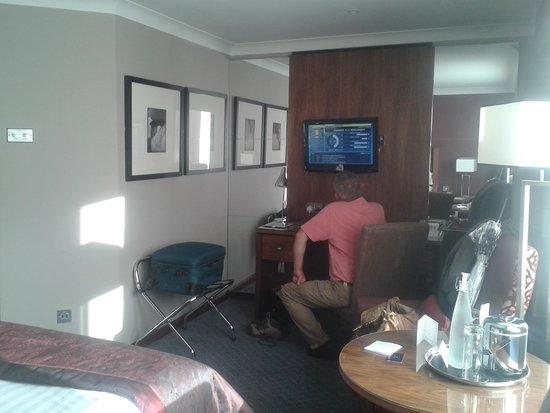 Macdonald Holyrood Hotel: plenty room