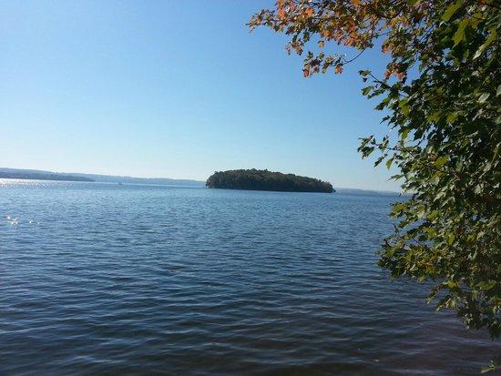 Elmhirst's Resort: Rice Lake