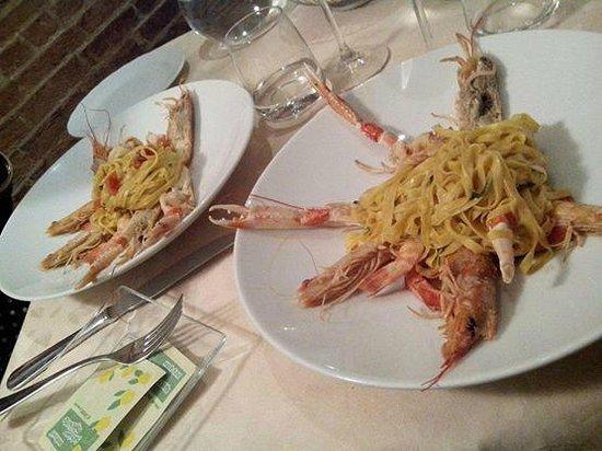 Tagliolini con scampi picture of ristorante cucina sant andrea