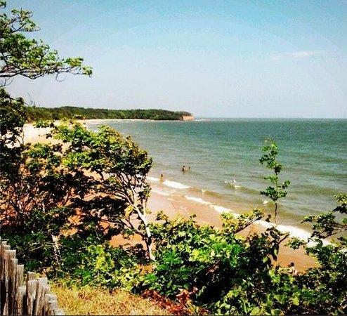Pousada Ventania do Rio-Mar: Apesar do filtro, é praticamente assim a vista da pousada para a praia. Incrível!
