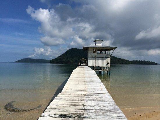EcoSea Dive Day Trips: The pier