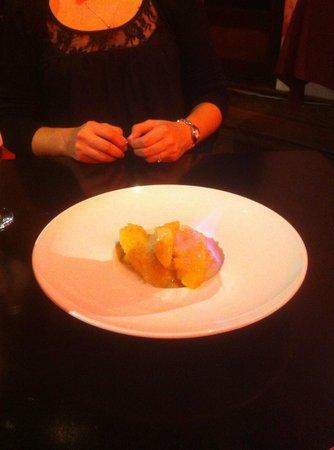 Apple Restaurant: Banane flambée