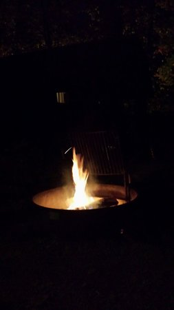 Erie KOA: Had a nice fire going outside the cabin