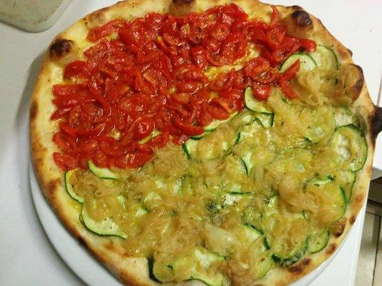 Pizza foto di ristorante pizzeria l 39 airone sant 39 elia for Ristorante in baita vicino a me