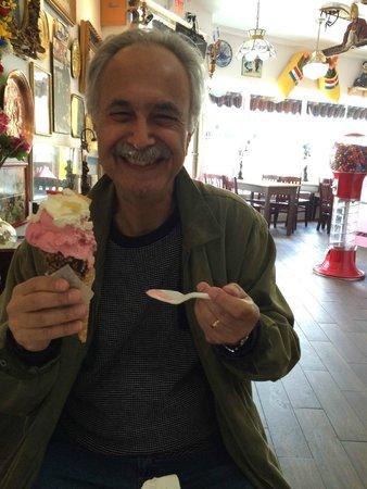 Dutch Dream Ice Cream: Happy camper's uncle