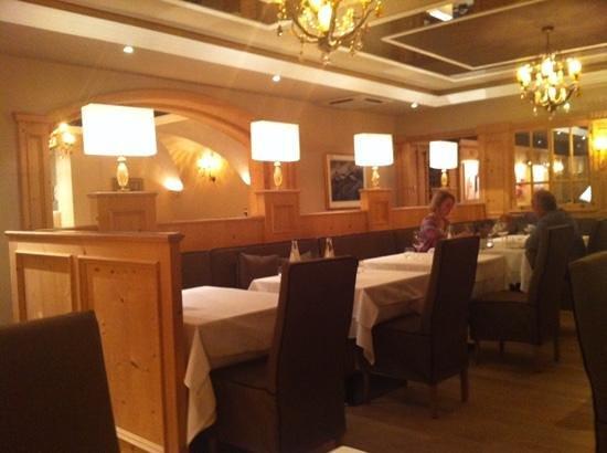 Hotel Gardena Grodnerhof: sala da pranzo rinnovata