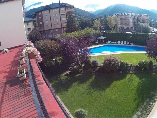 Hotel Pessets & Spa: piscina