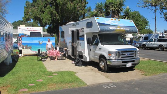 Balboa rv park prices campground reviews los angeles for Camping cabins near los angeles