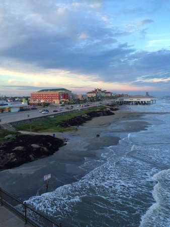 Four Points By Sheraton Galveston : Can't beat that location!