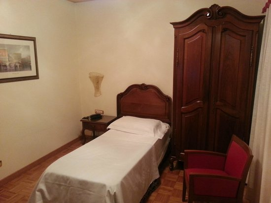 Hotel Spessotto: camera