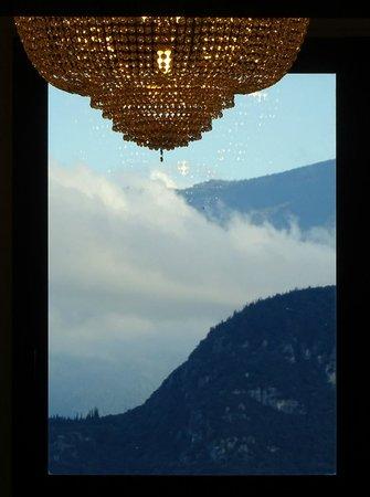 Hotel San Pietro: View of Rocca di Garda from roof-top restaurant
