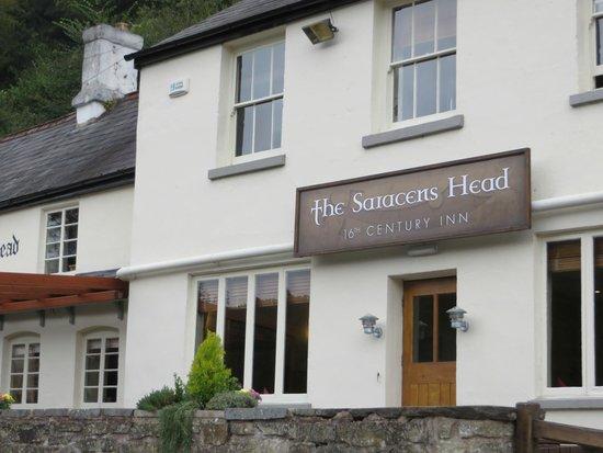 The Saracens Head Inn: Inn Frontage