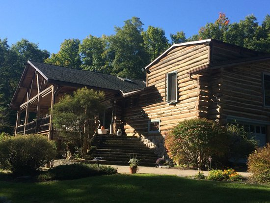 The Chalet of Canandaigua: John & Nancy B