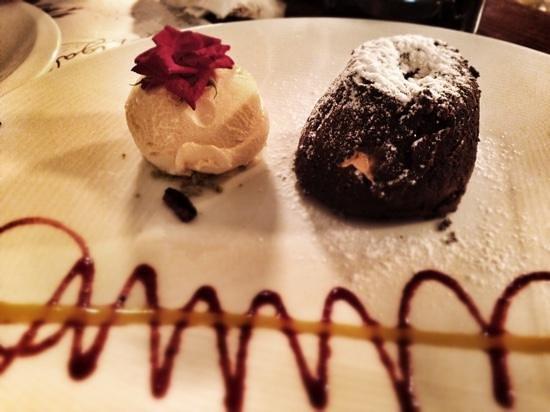 Yummi Molten Chocolate Cake Picture Of La Figal De Pablo San