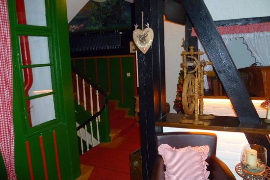 Hotel Alte Laterne: part of the weaving, interior spaces