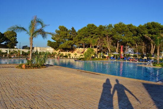 Hotel picture of l 39 oasi di selinunte club marmara for Piscine wattignies
