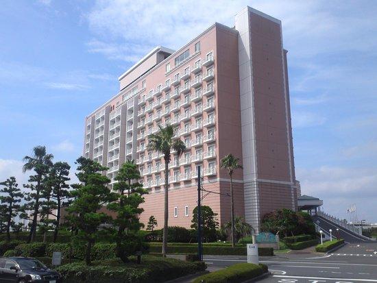 Tokyo Bay Maihama Hotel Club Resort: ロマンティックなピンク色!