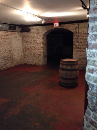 Cobblestone Tours : Basement level of the Moon River Brewing Company, September 2014