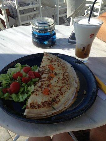 Cafe Galini: crepe & coffee