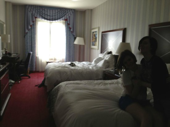 Renaissance Providence Downtown Hotel: comfortable rooms