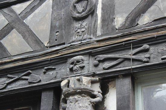 Aître Saint-Maclou : Aitre St-Maclou, Rouen, August 2014