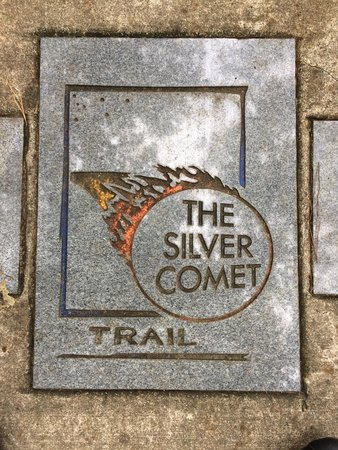 Econo Lodge Inn & Suites: A trail marker for the Silver Comet Bike Path.