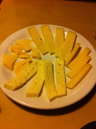 Osteria Al Bacaro : Cheese plate, they were all delicious.