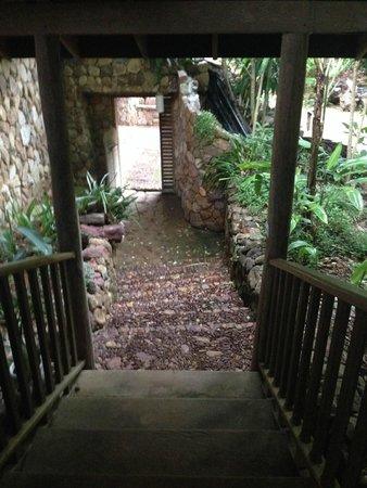 Veranda Natural Resort : The amazing entryway to the room