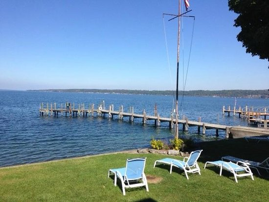 Driftwood Inn Bed and Breakfast: The dock