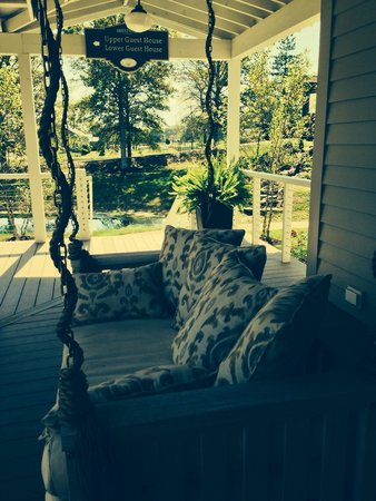 The Inn at Fontanel: Main House porch swing