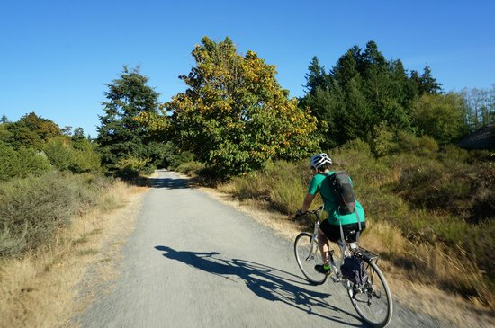 Galloping Goose Regional Trail: Heading back to Victoria from Sooke